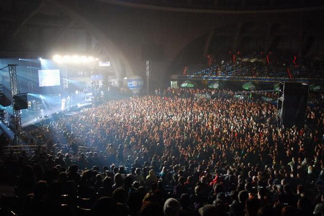 one_love_stage_main_full.jpg